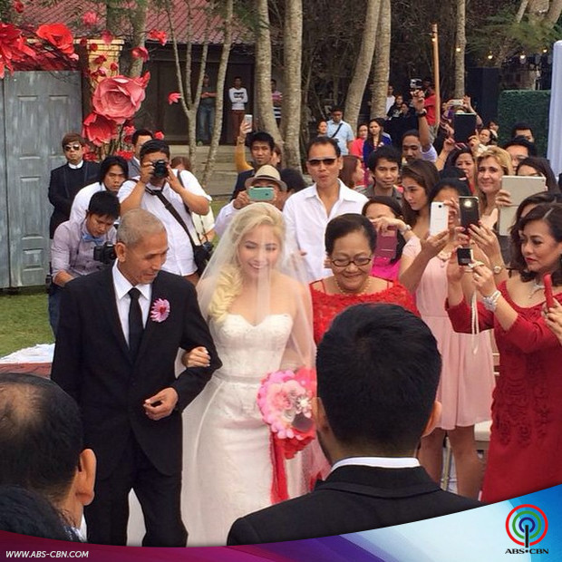PHOTOS: Pop Rock Princess Yeng Constantino and Yan Asuncion's Valentine wedding