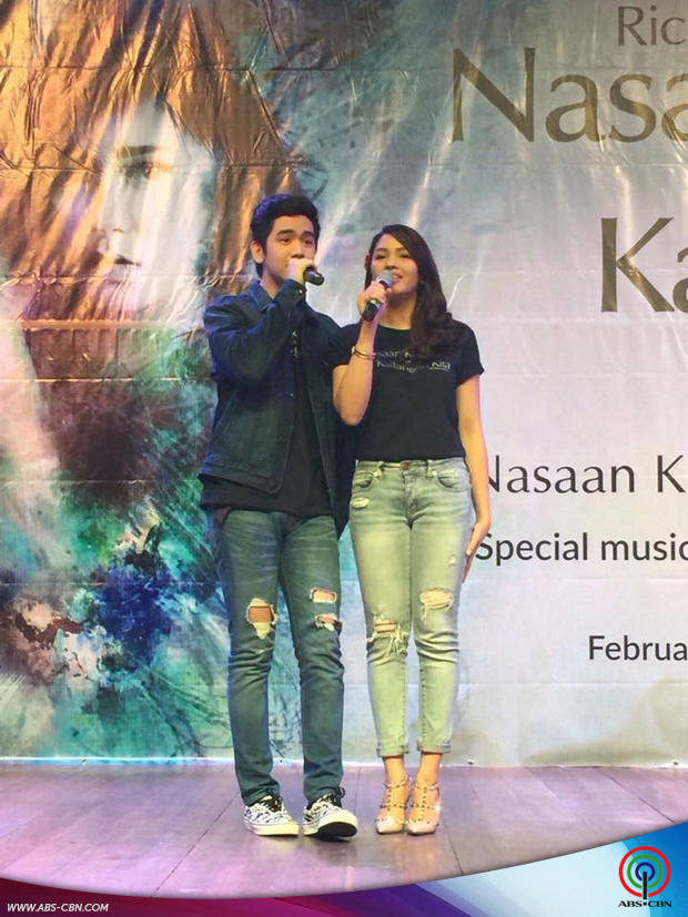 PHOTOS LoiShua sweet na sweet sa mall show ng Nasaan Ka Nang Kailangan Kita