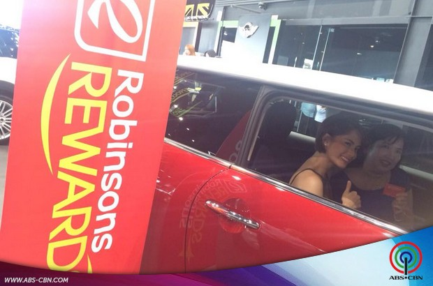 Jessy at the Robinsons Rewards Awarding