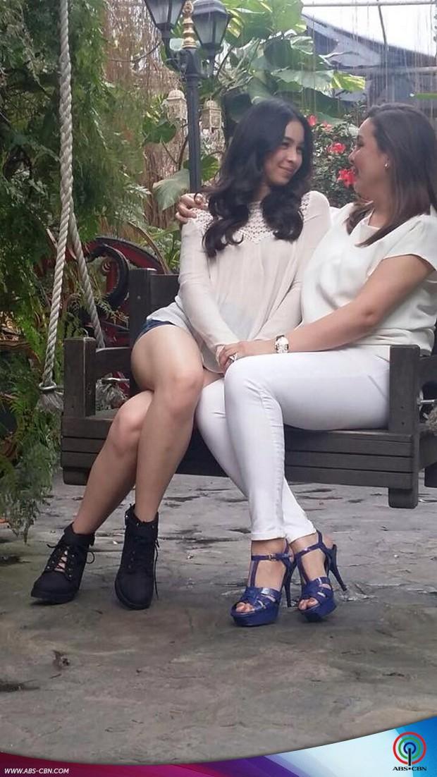 Julia & Iñigo sweet na sweet sa kanilang magazine pictorial