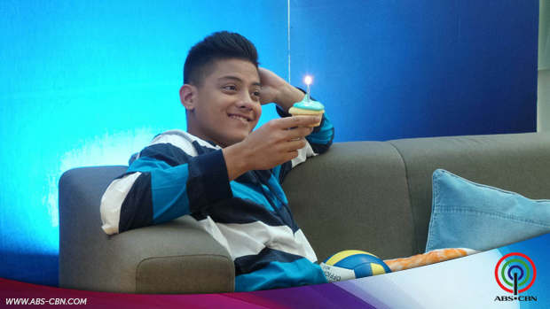 Daniel twitter party with Pepsi