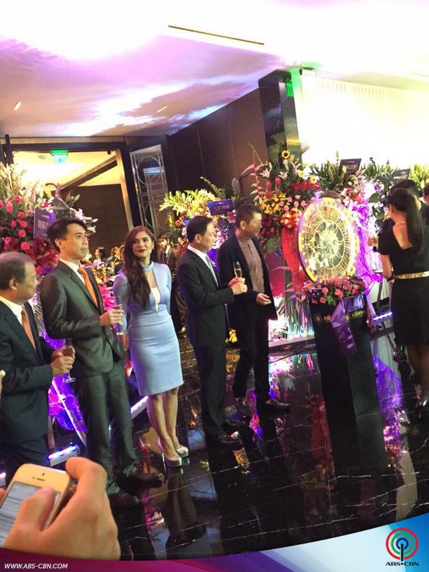 Vina at the opening of Sun City Solaire