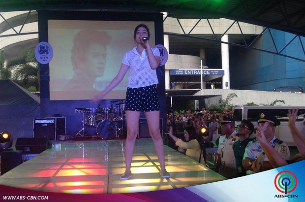 LizQuen invades Cebu