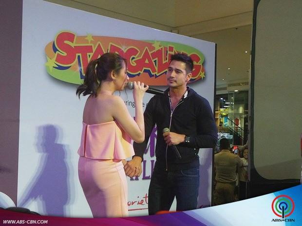 The Breakup Playlist cast pinagkaguluhan sa kanilang mall shows