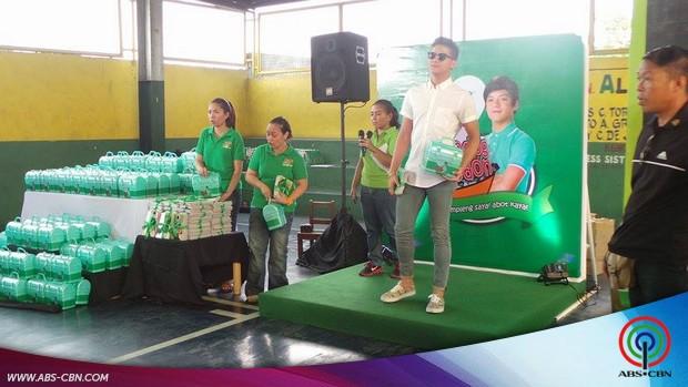 Daniel Padilla may pabaon sa mga kids