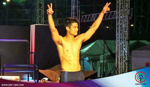 Star Magic Artists shine at 2015 Cosmo Carnival