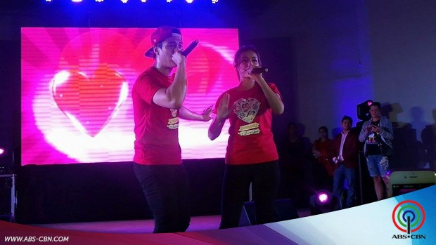 """""""Forever Once Again"""" Enrique Gil and Liza Soberano Live in Island Cove Cavite"""