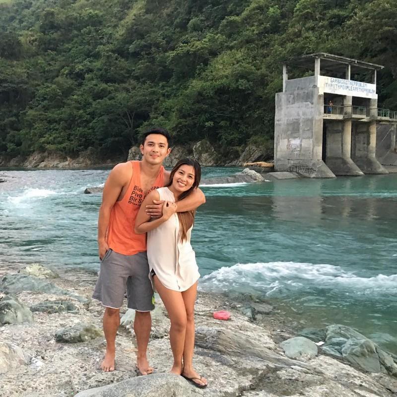 LOOK: Mga litrato ng pagmamahalang Alex Castro at Sunshine Garcia