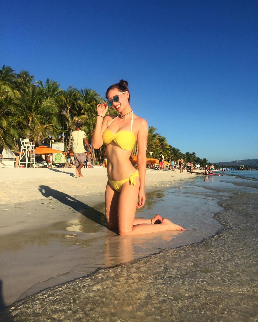 16 bikini photos of Arci that's so perfectly sexy you'll almost hate her