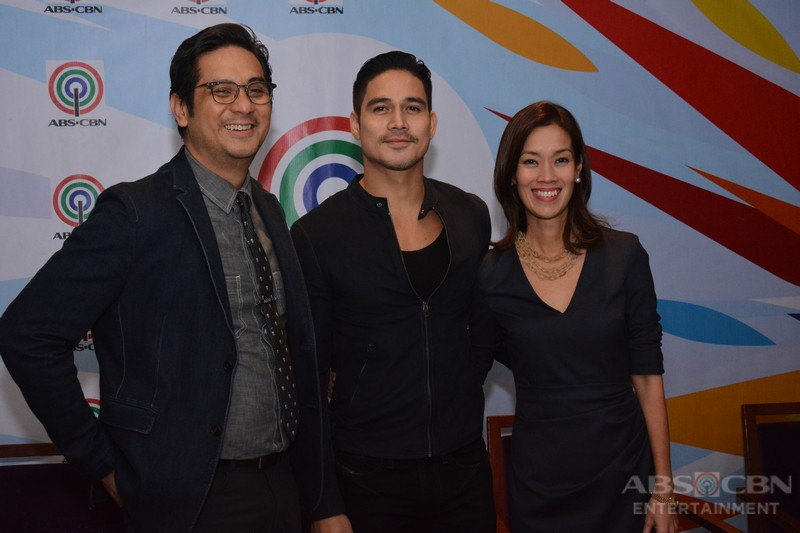 PHOTOS: Piolo Pascual renews contract with ABS-CBN