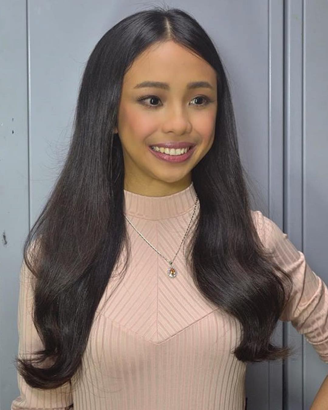 31 photos of Maymay that show any fan girl's dream can be a reality!