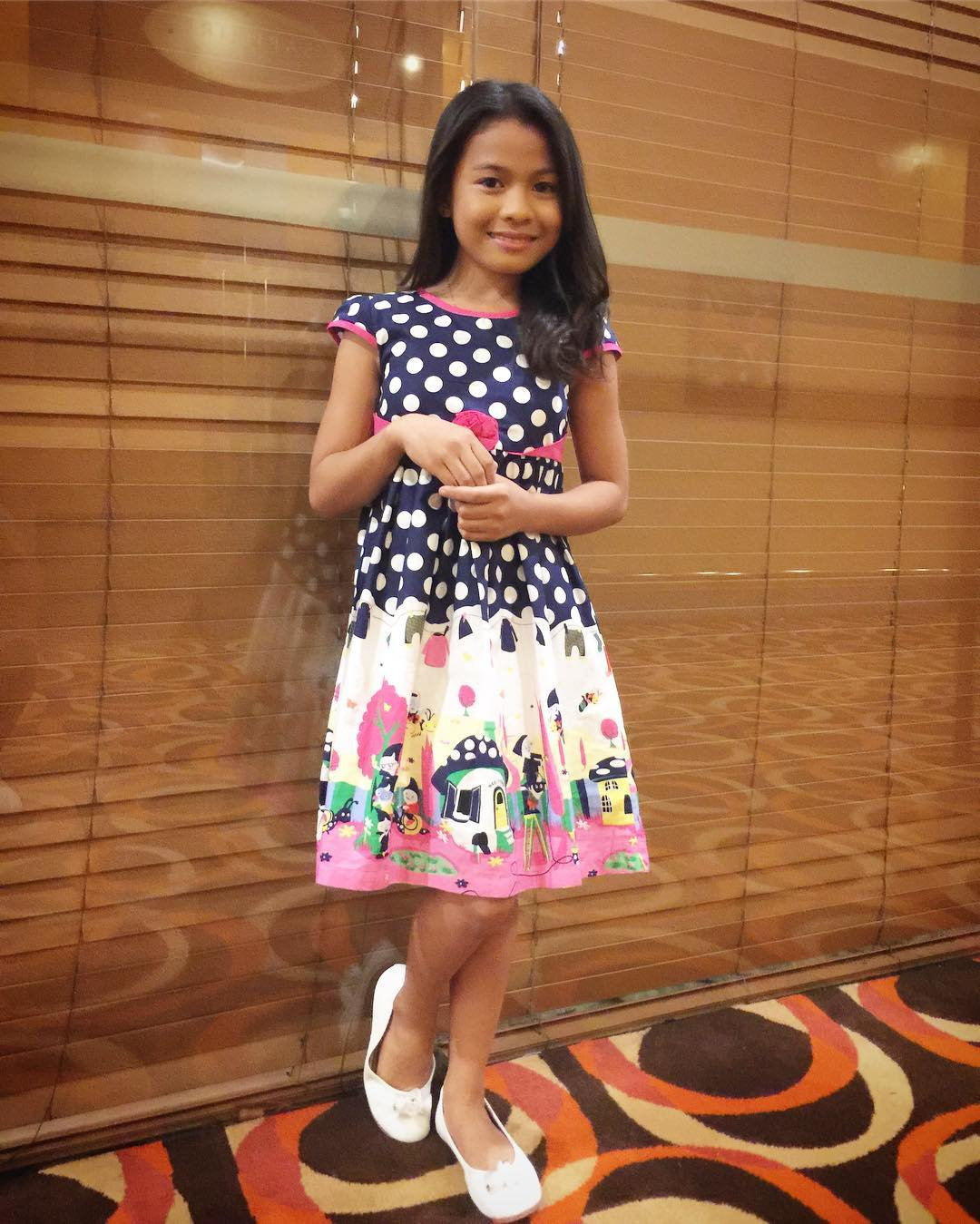 LOOK: Lyca continuously shocks the online world with her Instagram photos!