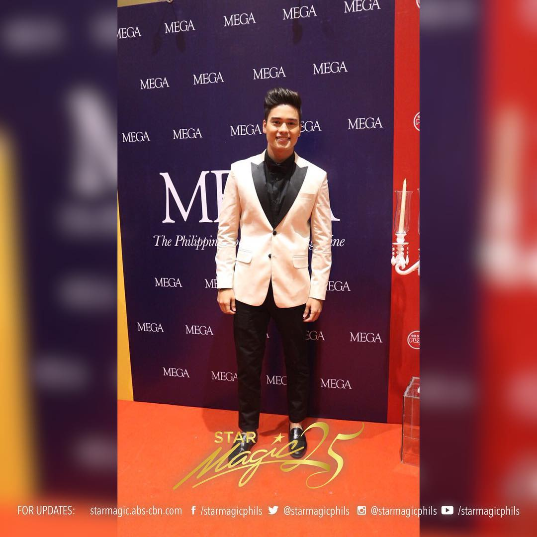 PHOTOS: Star Magic Artists In A Magazine Event