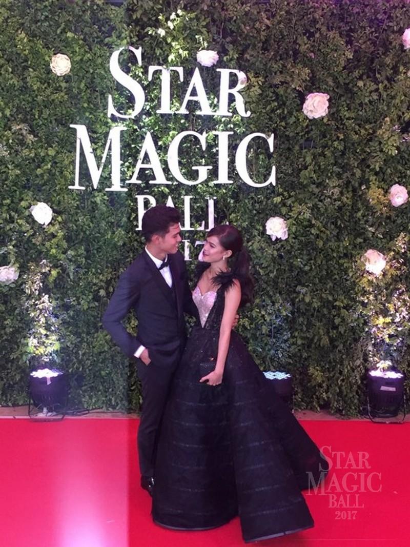PHOTOS: Kapamilya love Teams bring glitz, glamour and kilig to Star Magic Ball
