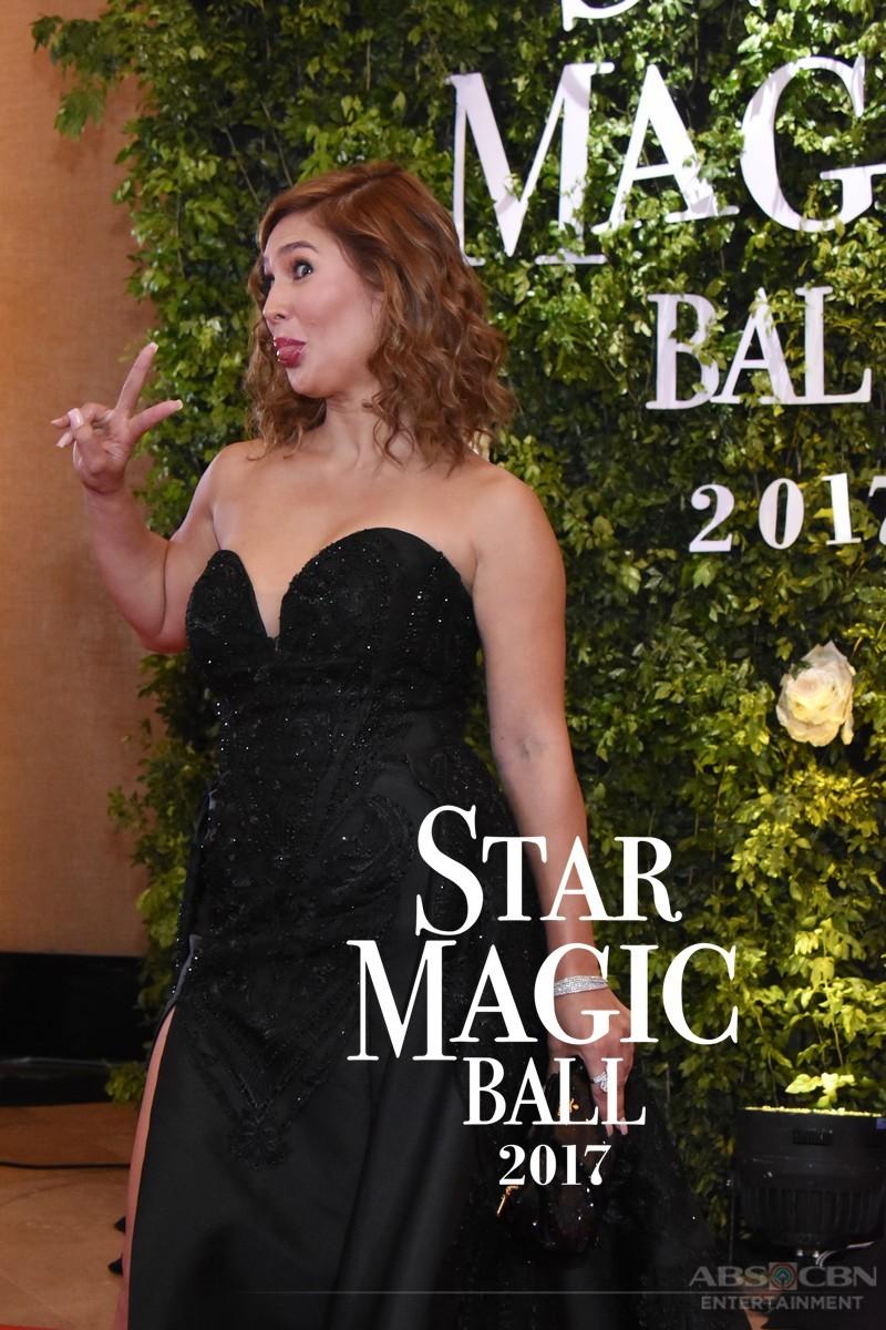 WACKY! Mga Artistang nagpakita ng kakulitan sa Star Magic Ball red carpet!