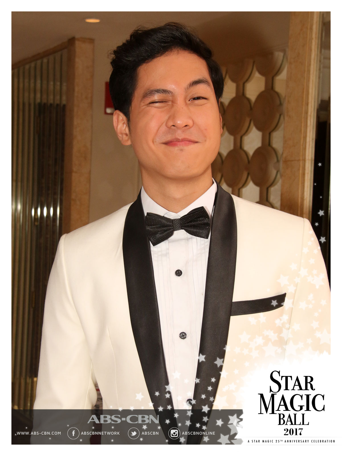 You got me at a wink: These Kapamilya actors will make you swoon with their winks (Star Magic Ball 2017 Edition)