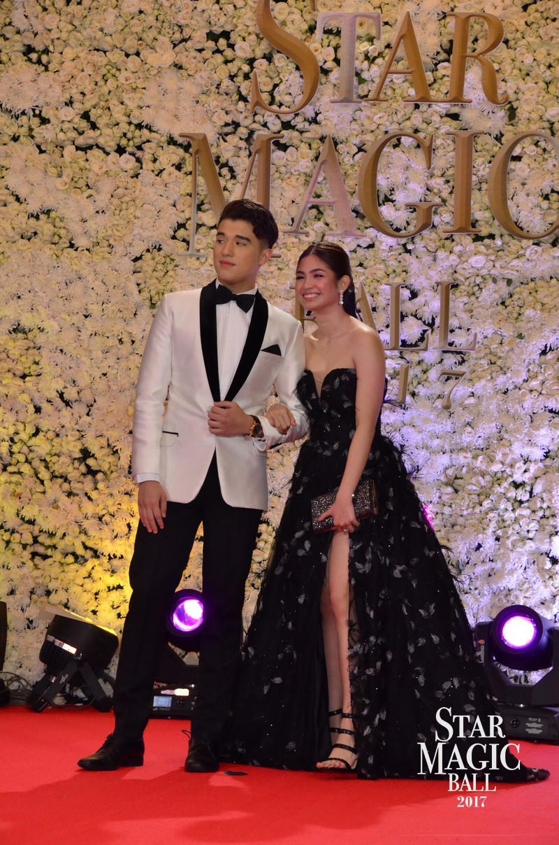 PHOTOS: The country's hottest loveteams turn Star Magic Ball 2017 into Valentines Day