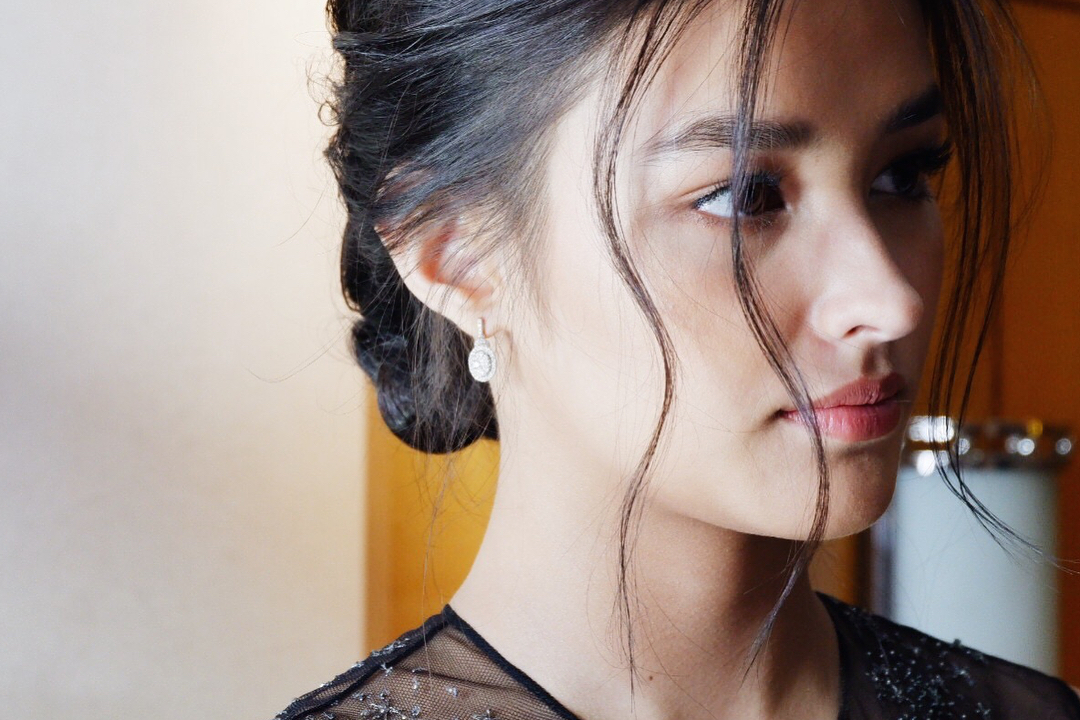 #StarMagicBall2017: 22 times Liza Soberano took our breath away with her classic beauty