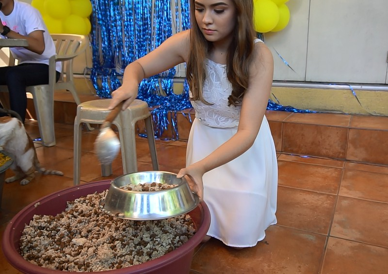 PHOTOS: Alexa Ilacad becomes emotional as she celebrates 18th birthday with rescued animals