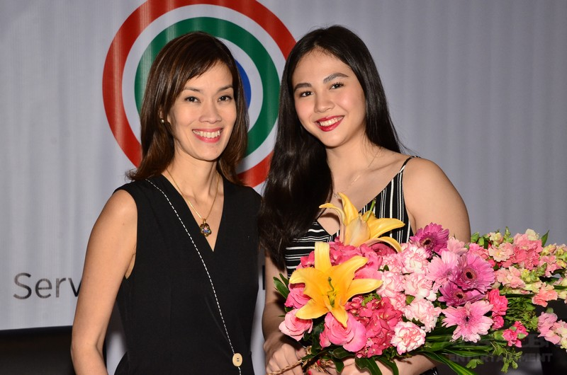 PHOTOS: Janella Salvador inks another two-year exclusive contract with the Kapamilya Network