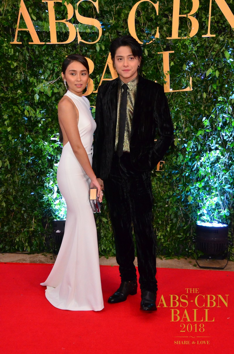 PHOTOS: How KathNiel rocked the ABS-CBN Ball 2018 Red Carpet in superb style and elegance