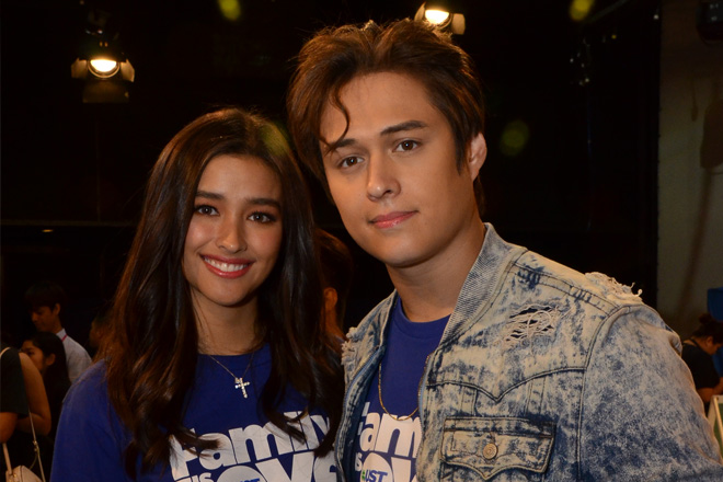 LizQuen excited to spend Christmas together and with their families!